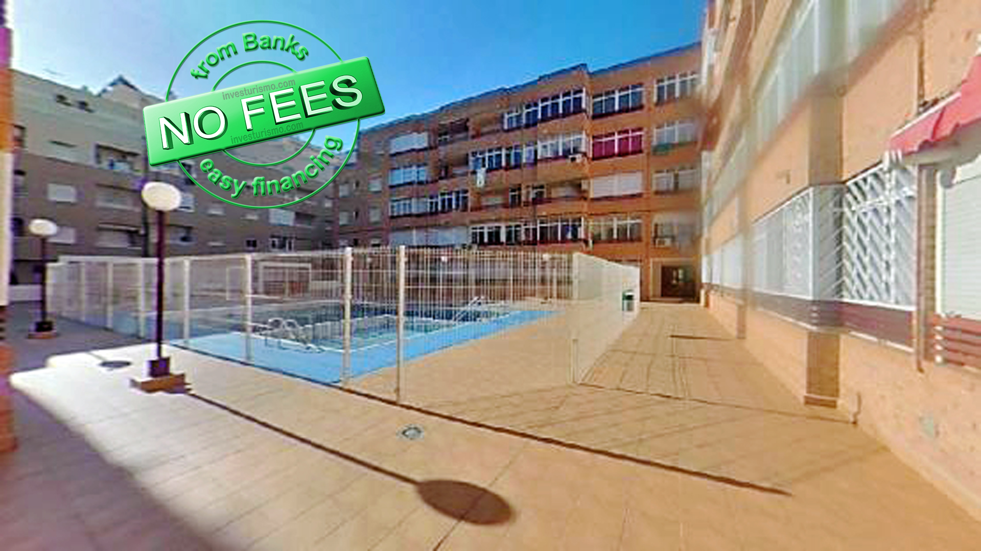 Apartment with communal pool in Torrevieja