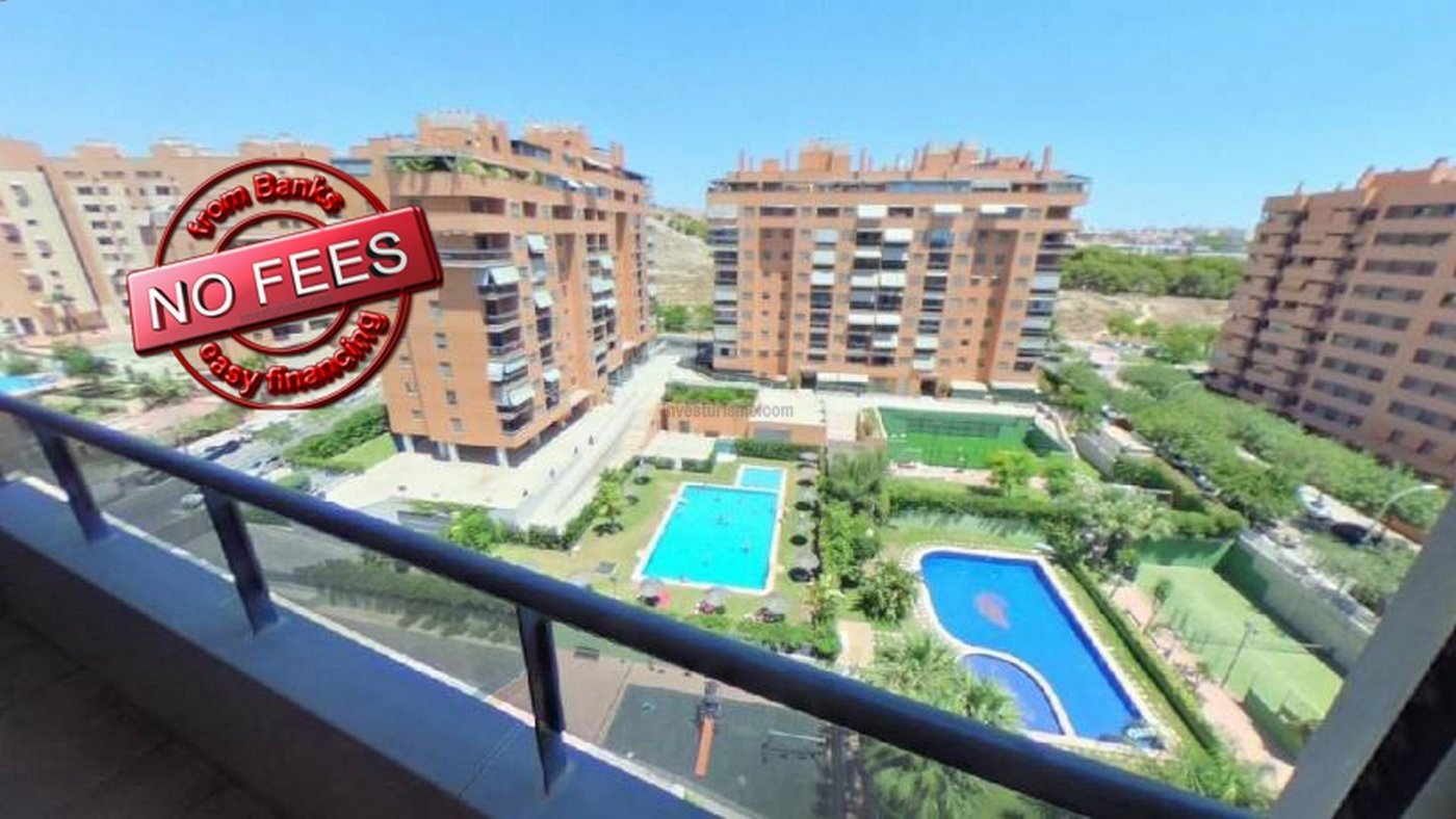 Flat of 112 m² with 2 bedrooms, 2 bathrooms, kitchen and living-dining room for sale in Alicante