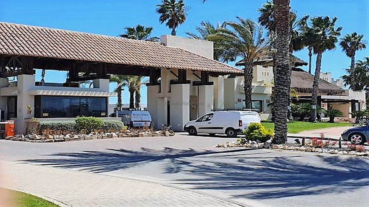 2-storey townhouse in the heart of the golf resort in San Javier