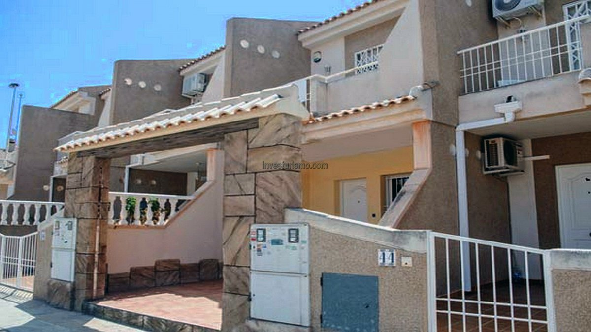 """Townhouse 2 floors """"ANEA"""" in Torrevieja"""