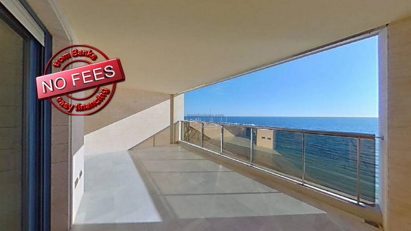 Flat for sale in a closed urbanisation, equipped with swimming pool and situated in Altea
