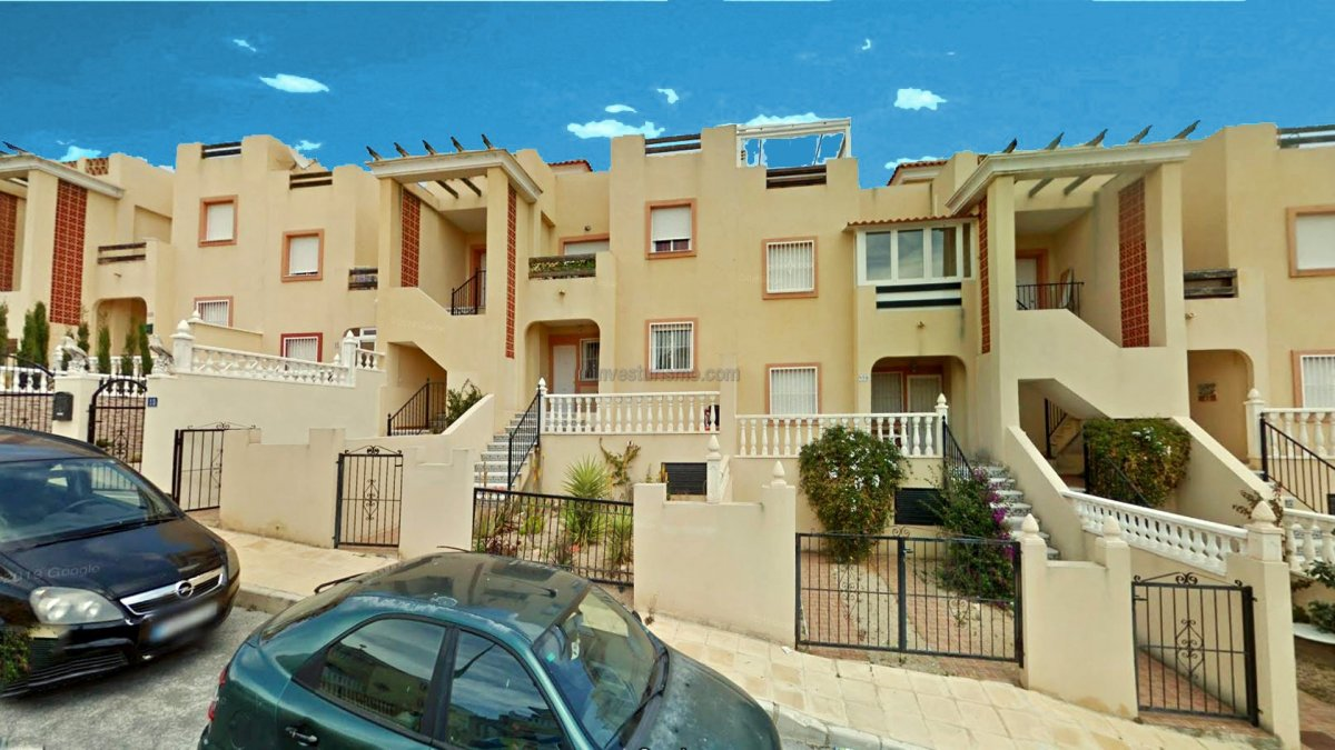 2 bedroom apartment near the golf course in Orihuela Costa
