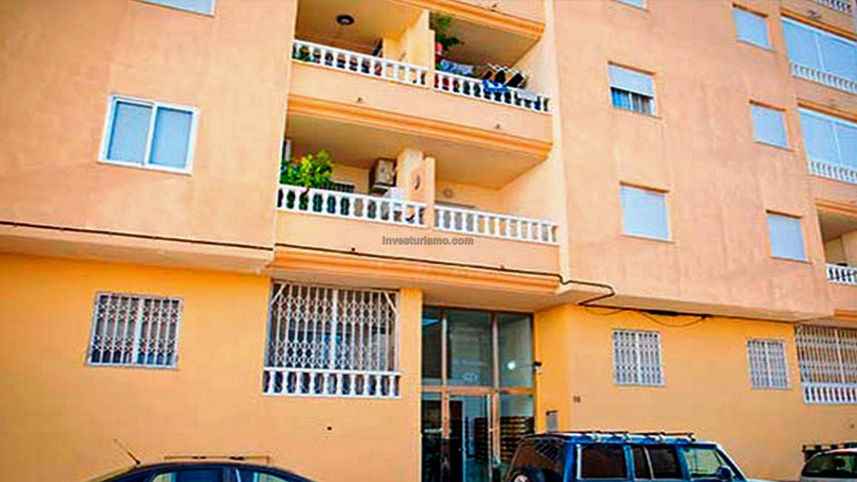 Flat near the Park of Nations in Torrevieja
