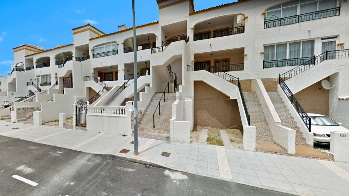 Great apartment with all services in Orihuela Costa