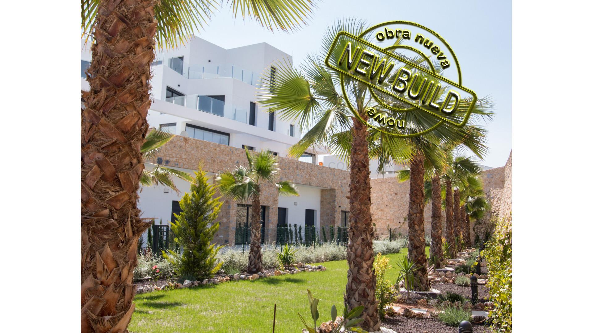 New Build townhouses 2-3 bedrooms in Orihuela Costa
