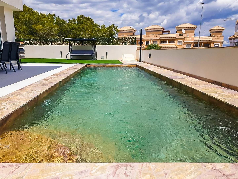 New Build villas 3 bedrooms 3 bathrooms in Orihuela Costa