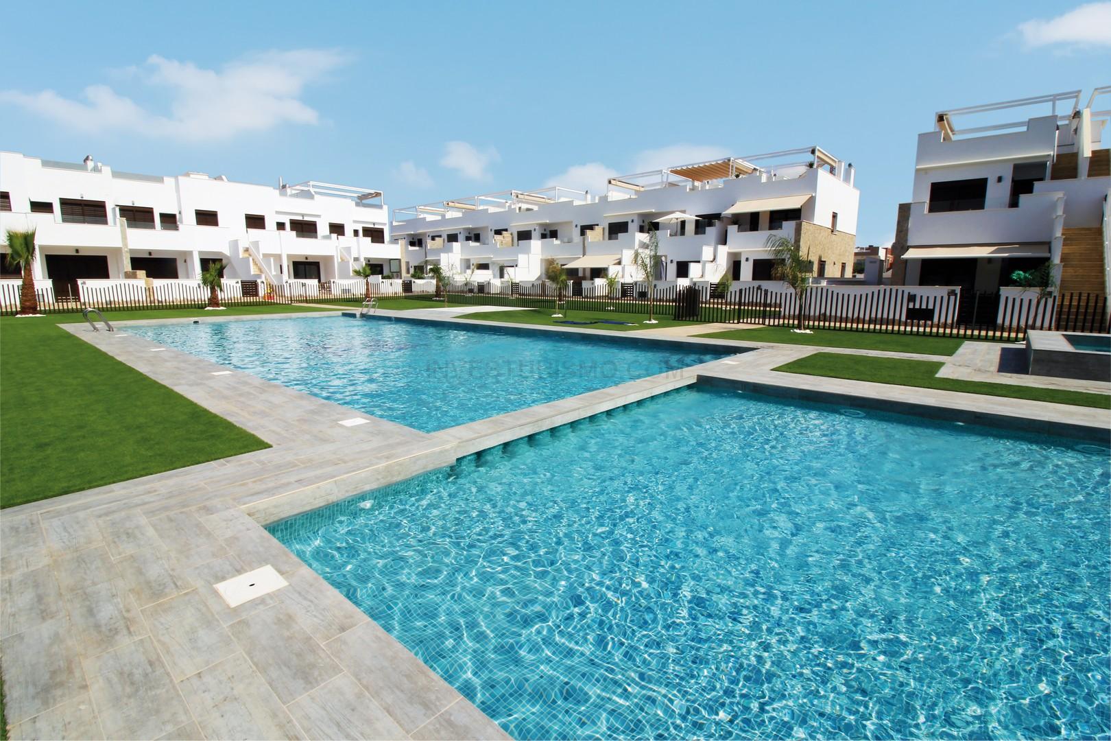 New build Semi-detached villas 3 bedrooms in Torre de la horadada
